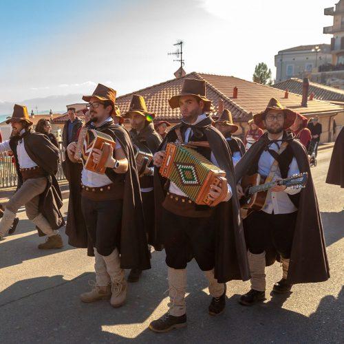 Abruzzo_Italy_celebration